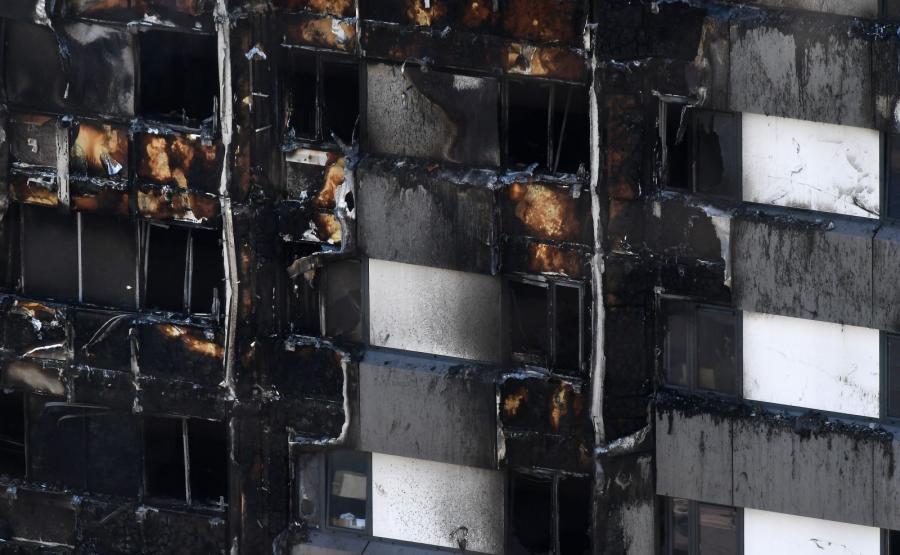 24-piętrowy wieżowiec, który spłonął w North Kensington w Londynie