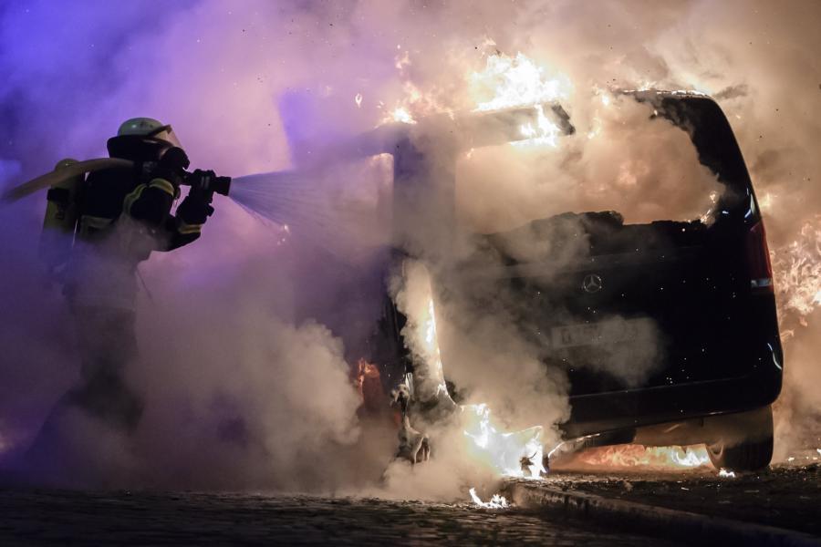 Podpalono kilka samochodów
