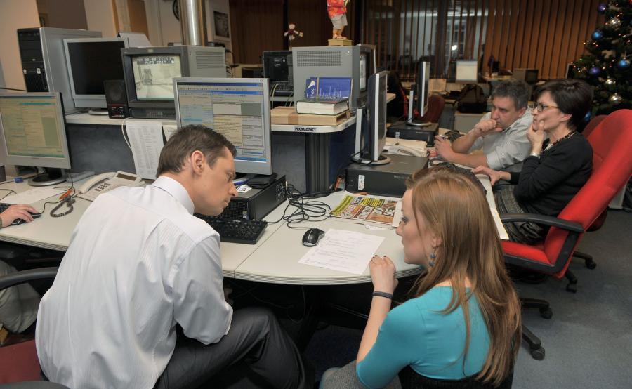 Marzena Paczuska (pierwsza z prawej) w redakcji \