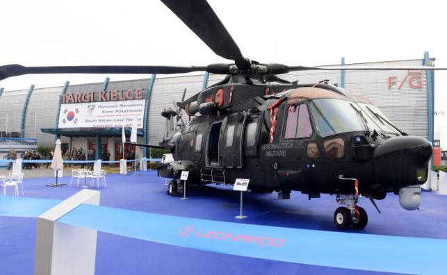 Śmigłowiec AW101 zaprezentowany podczas XXV Międzynarodowego Salonu Przemysłu Obronnego