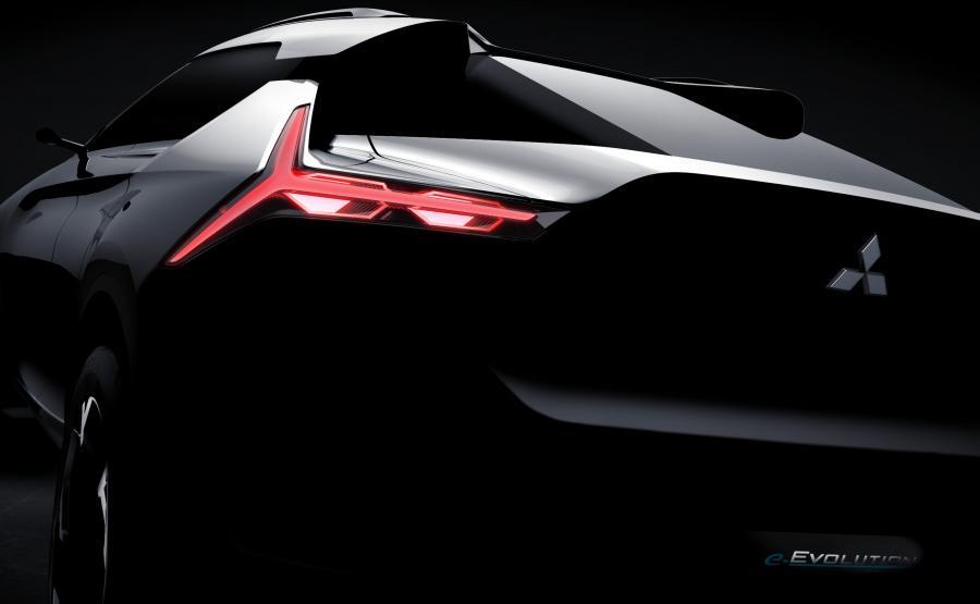 Do napędu Mitsubishi e-Evolution zaprzęgnięto jeden silnik elektryczny z przodu i nowy układ dwóch silników z tyłu
