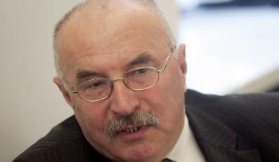 Piłka: Marcinkiewicz wyrzekł się zasad