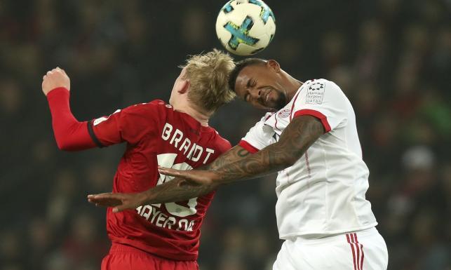 Liga niemiecka: Bayernu potrafi wygrywać też bez Lewandowskiego. Cudowny gol Rodrigueza
