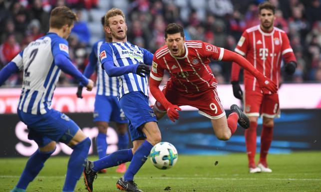 Liga niemiecka: Wpadka Bayernu. Lewandowski bez gola w 250. występie