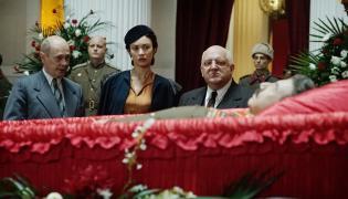 """Kadr z filmu """"Śmierć Stalina"""""""