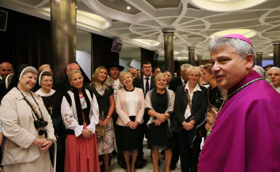 arcybiskup Konrad Krajewski