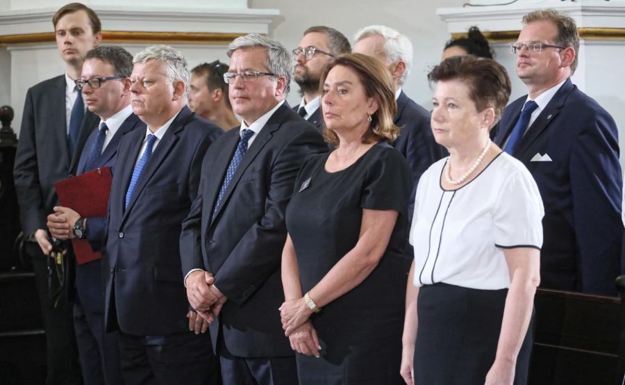 Politycy na pogrzebie generałą