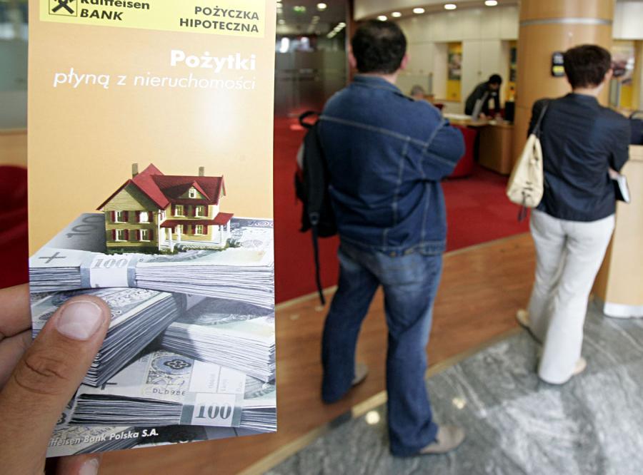 Polacy spłacają kredyty. Tylko hipoteczne