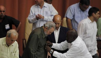 Fidel Castro przypomina, że jeszcze żyje