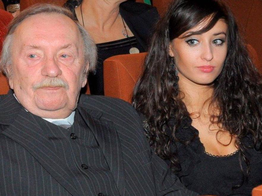Wojciech Pokora z wnuczką