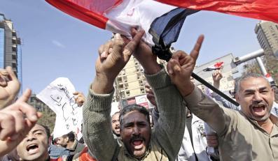 Egipska gospodarka płaci rachunek za rewolucję