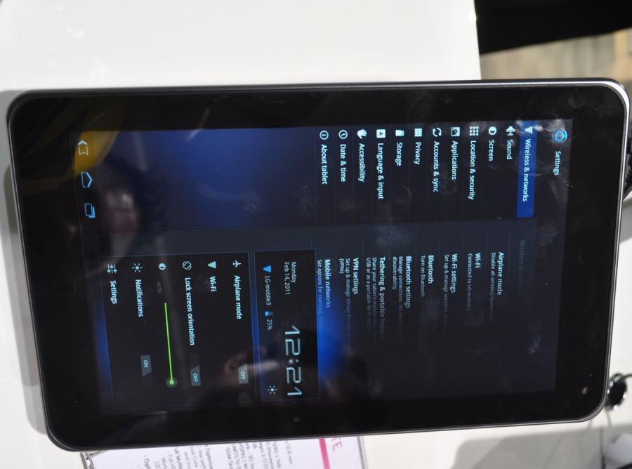 Tablet LG  pokazany w Barcelonie w 2011