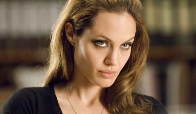 Angelina Jolie nie jest grzeczną dziewczynką.