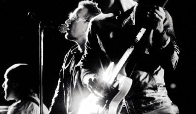 1. Na konto formacji Bono wpłynęły kolejne 293 miliony dolarów