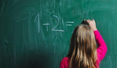 Sześciolatki do szkół obowiązkowo dopiero za dwa lata
