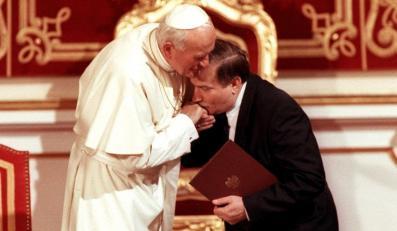 Wałęsa opowiada o spotkaniach z Janem Pawłem II
