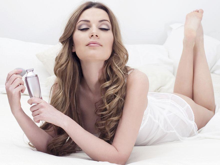 Perfumy wcale nie maskują naszego naturalnego zapachu.