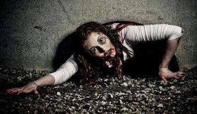 Amerykańskie władze uczą, jak uciec przed... zombie