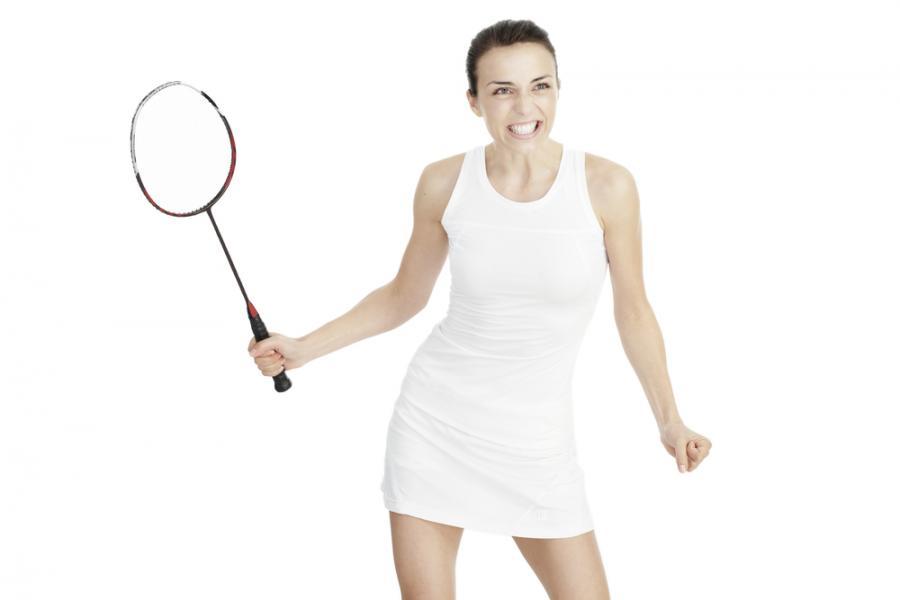 Jawna dyskryminacja! Zawodniczki grające w badmintona będą musiały nosić spódniczki!