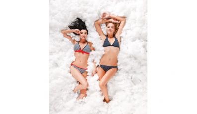 Stylowe plażowanie za niewielką ceną - stroje kąpielowe MOODO, kolekcja lato 2011