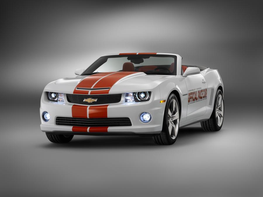 Chevrolet camaro w wersji kabriolet - oficjalny samochód wyścigu Indy 500 w 2011 roku