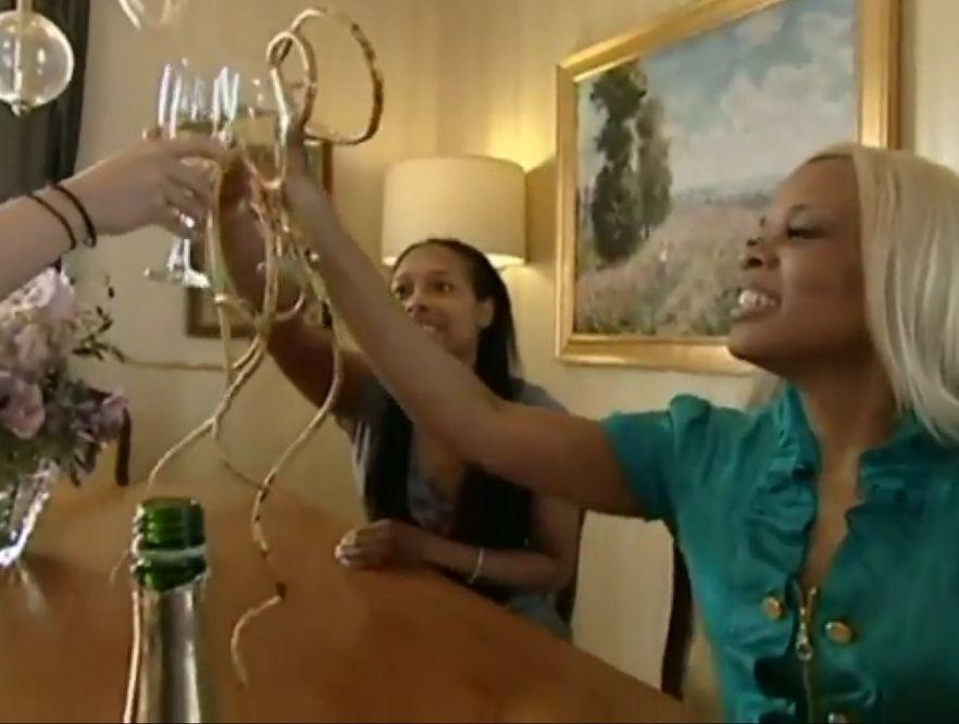 Posiadaczką najdłuższych na świecie paznokci jest Christine Walton z Las Vegas