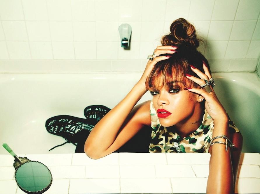 Szampańska kąpiel zakończyła trasę koncertową Rihanny