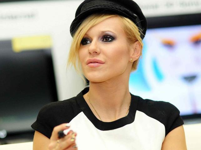 Dorota Rabczewska pierwsze kroki w show-biznesie stawiała w 1997 roku. Jest częścią tego światka od 13 lat