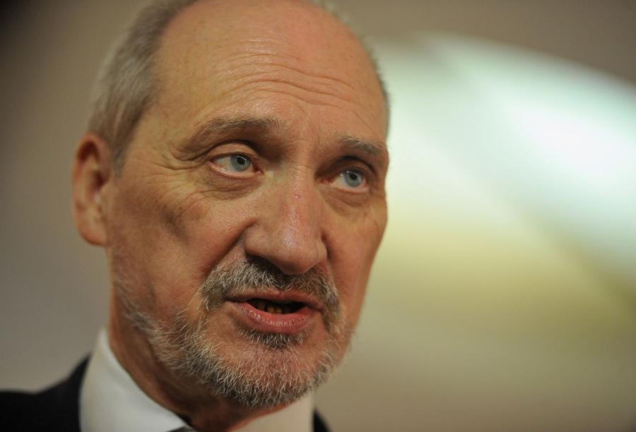 Macierewicz wstępuje do PiS, ma być we władzach partii