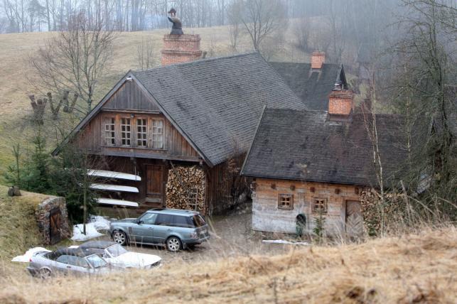 Posiadłość Janusza Palikota w Dzierwanach na Sulwaszczyźnie