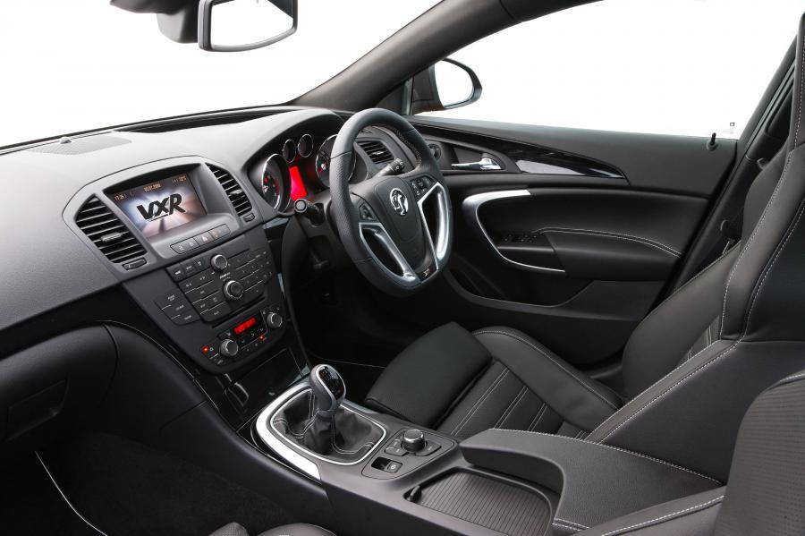 Polska powinna rejestrować samochody z Anglii