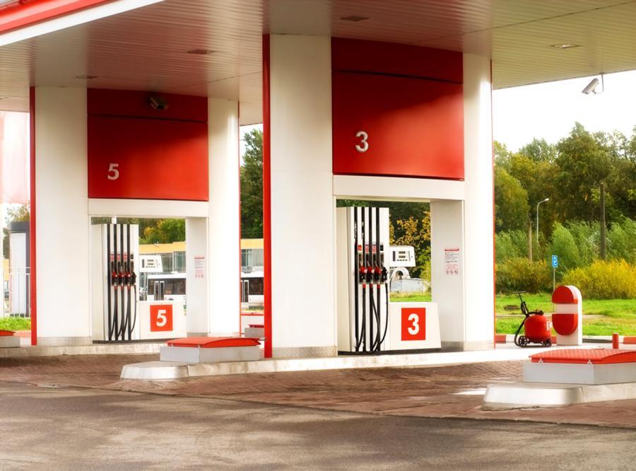 Ceny paliw straszą portfele