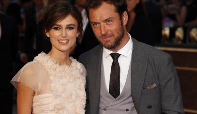"""Keira Knightley i Jude Law na premierze """"Anny Kareniny"""" w Londynie"""