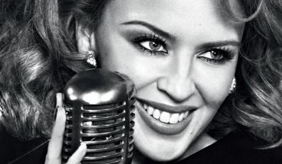 "Kylie Minogue śpiewa ""Flower"""