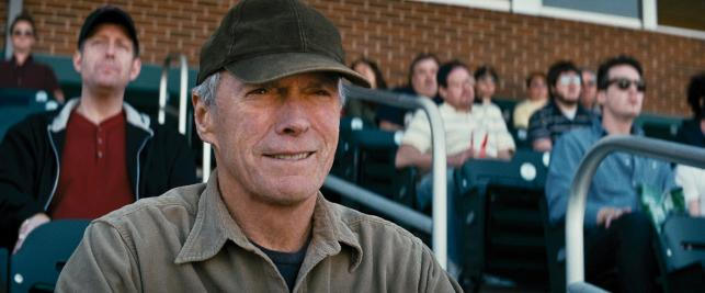 """Clint Eastwood w filmie """"Dopóki piłka w grze"""""""