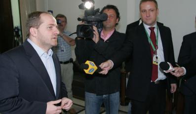 Posłowie PiS wymyślili, jak omijać bojkot TVN