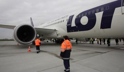 Dreamliner na lotnisku w Gdańsku