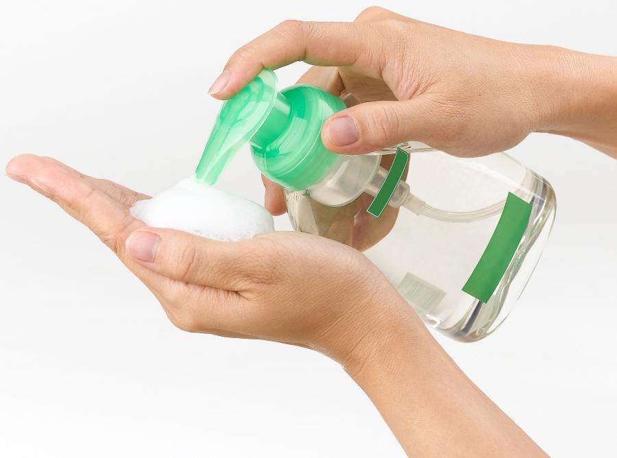 Co na przeziębienie i grypę - antybakteryjne żele i chusteczki do rąk
