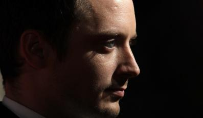 "Elijah Wood w filmie ""Grand Piano"""