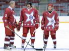 Władimir Putin i Aleksander Łukaszenka jak gwiazdy hokeja. ZDJĘCIA
