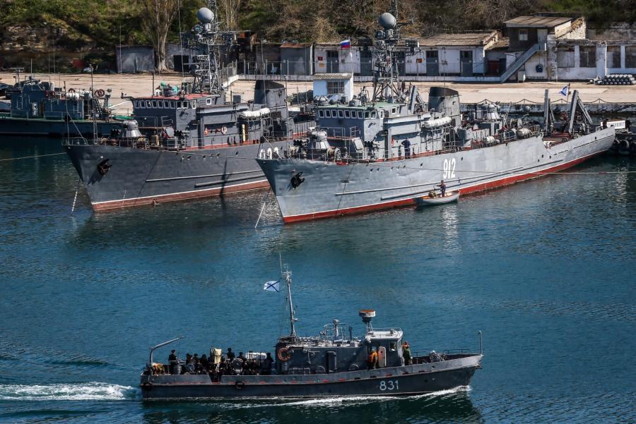 Rosyjskie statki w sewastopolskim porcie