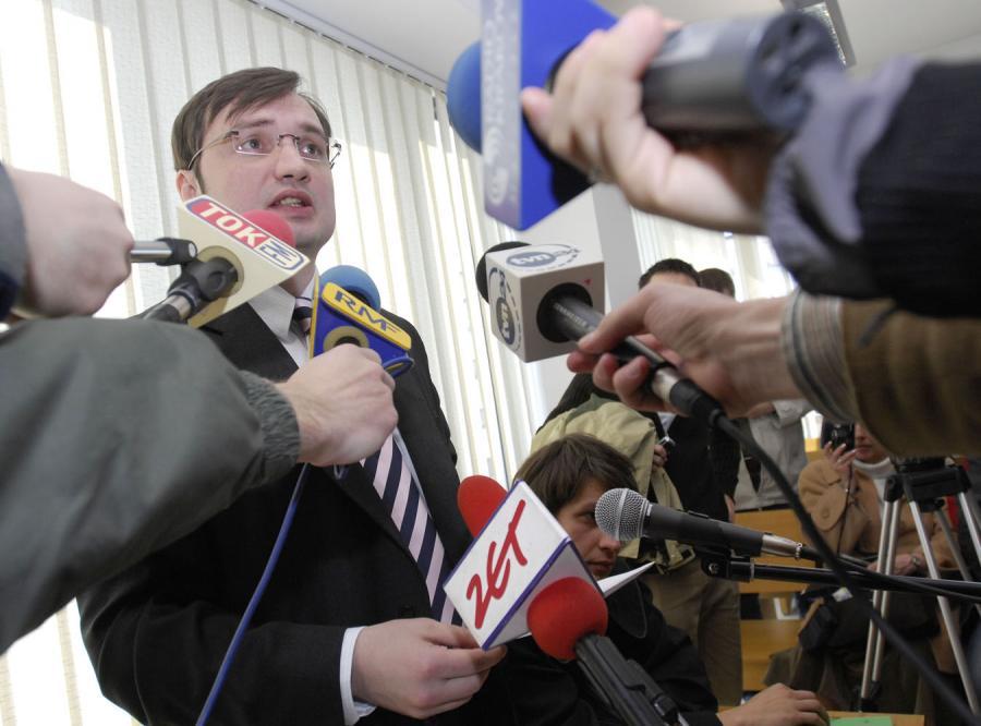 Prokuratura podważa wersję Ziobry w sprawie afery gruntowej
