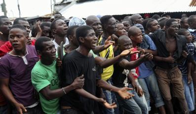 Już nie tylko Ebola. Kolejna krwotoczna epidemia zabija