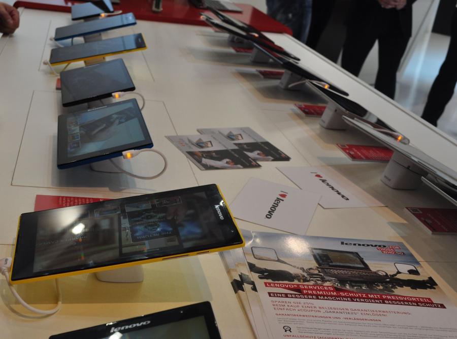 8 calowe tablety z Androidem firmy Lenovo