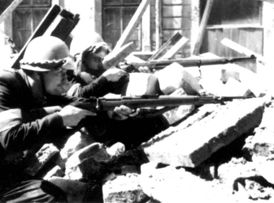 Powstanie Warsawskie. Zdjęcie z 1944 roku