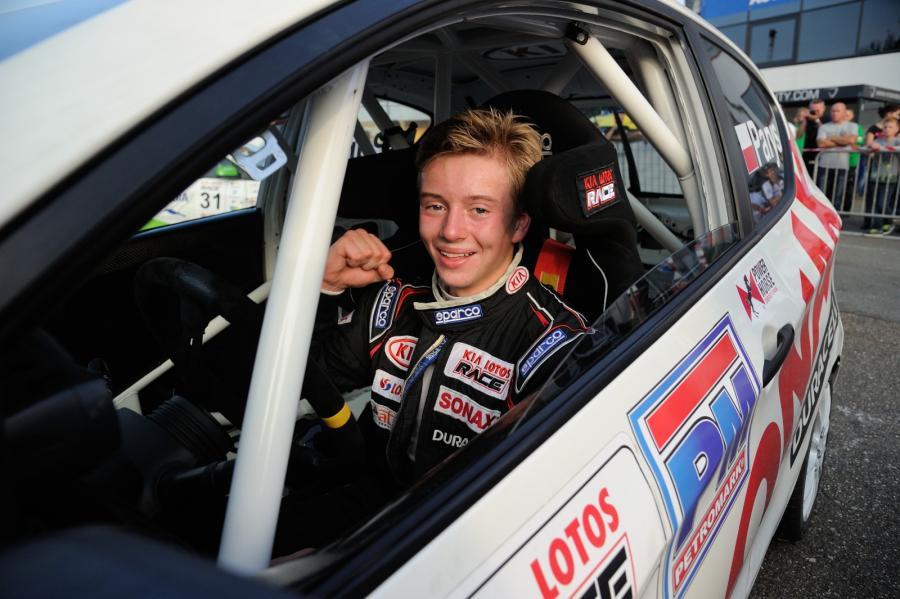 Piotr Parys mistrzem wyścigowej serii Kia Lotos Race 2014
