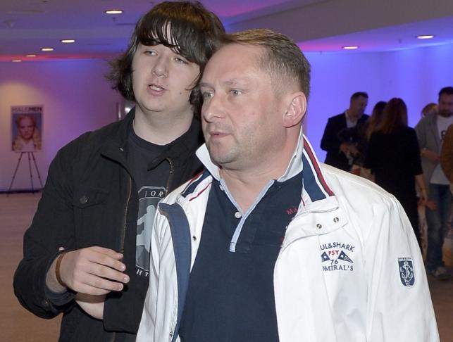 Kamil Durczok z synem Kamilem juniorem