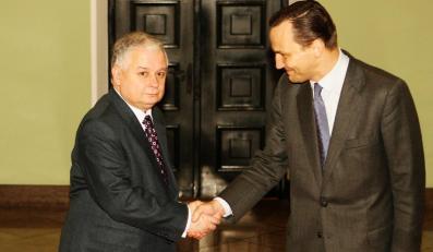 Sikorski: Wciąż muszę się  tłumaczyć za ludzi Kaczyńskiego