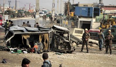 Zamach w Afganistanie. Samobójca zaatakował brytyjski konwój