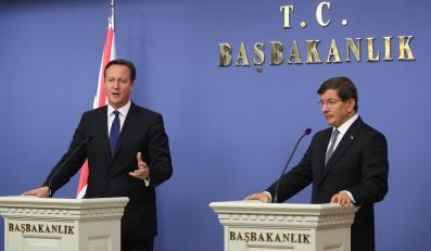 David Cameron i Ahmet Davutoglu